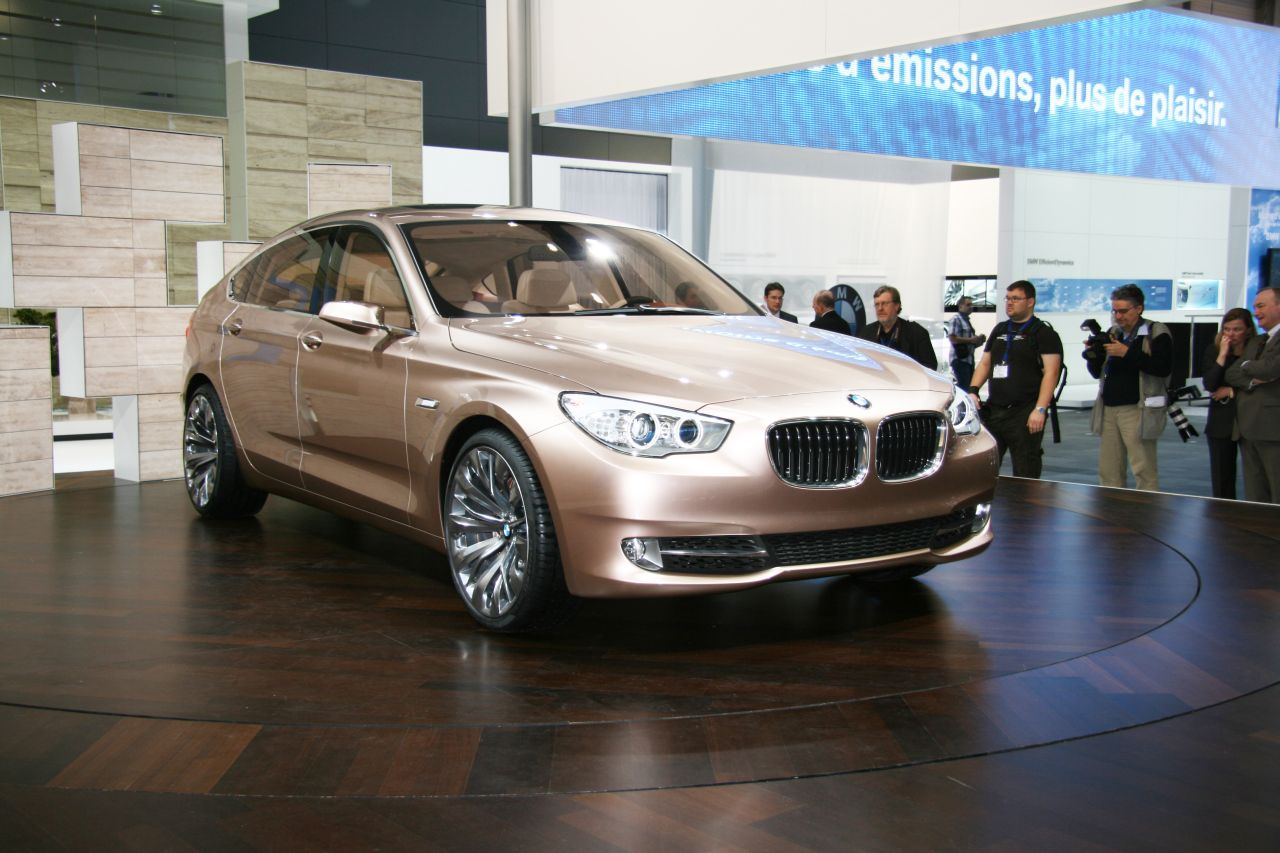 bmw_5-serie_gt_concept_geneve_2009_011