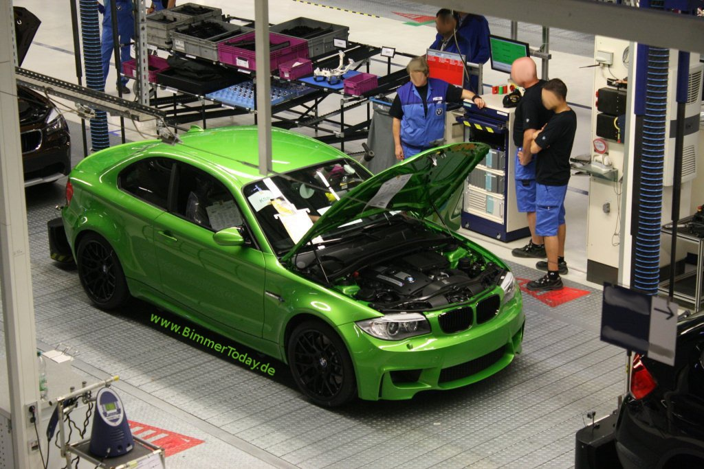 BMW-1M-Coupe-Java-Green