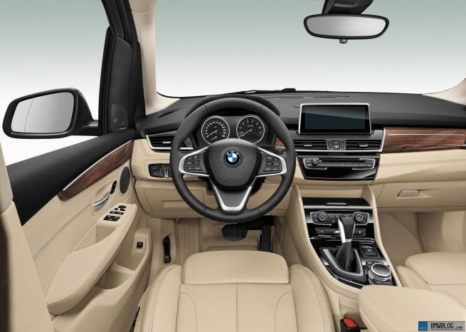 BMW_Seria2_Active_Tourer_16