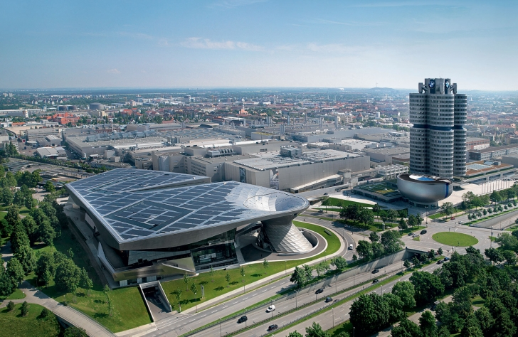 Complexul_birourilor_centrale_BMW_medium_1600x1042