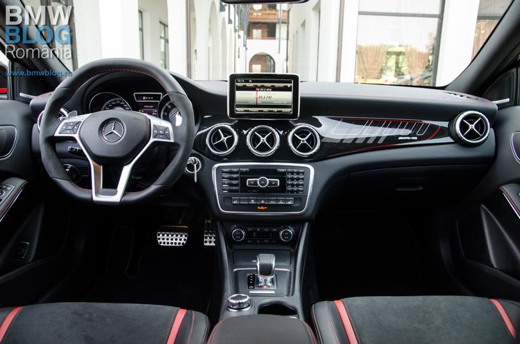 Mercedes-Benz-GLA-45-AMG-(7)