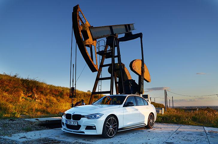 BMW Seria 3 vs Lexus IS