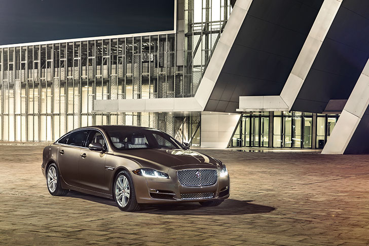 Noul Jaguar XJ