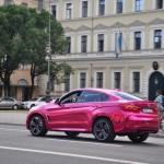 bmw x6 m folie auto pink chrome