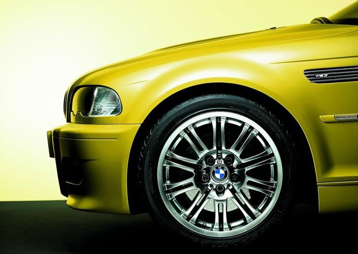BMW-M3_2001_800x600_wallpaper_3f