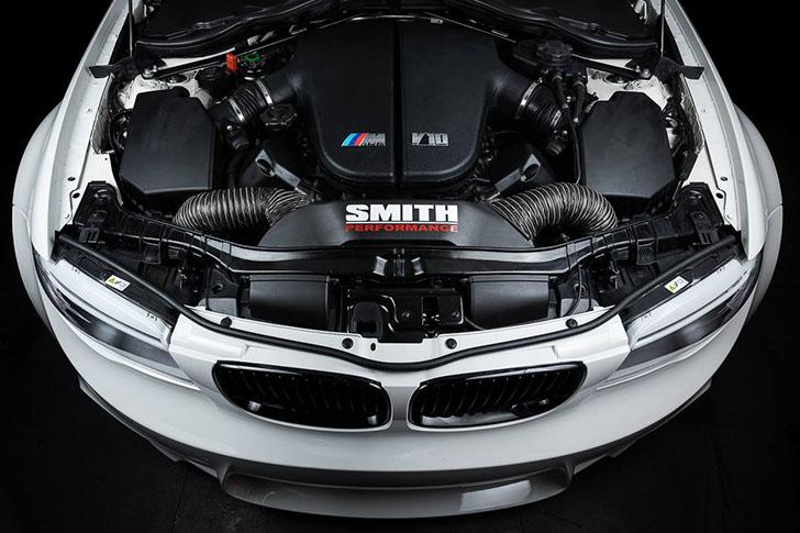 Smith-Performance-BMW-150i-V10-Tuning-06