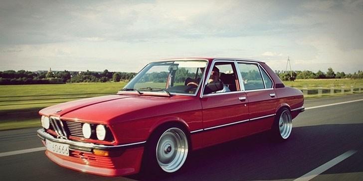 BMW E12 (2)