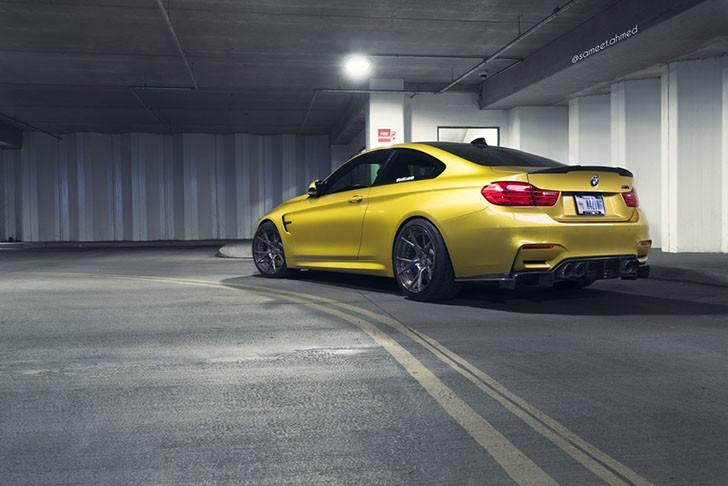 BMW M4 de zece secunde