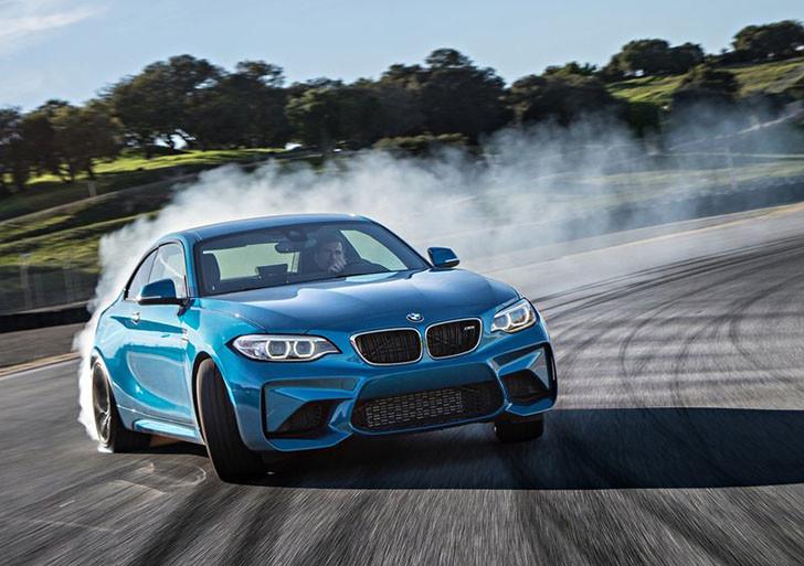 BMW-M2_Coupe_2016_800x600_wallpaper_0a