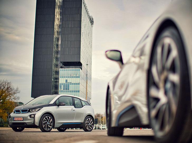 BMW i România