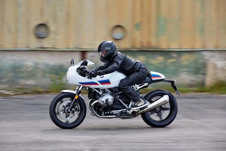 P90232559_highRes_the-new-bmw-r-ninet-