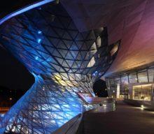 Conduci și câștigi o vizită la muzeul BMW din Munchen
