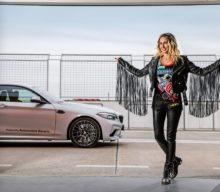 Crina Abrudan și BMW M2 Competition: Pasiuni sportive