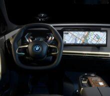 POZE SPION: Facelift-ul lui BMW Seria 3 va primi ecranul de bord imens de la BMW iX