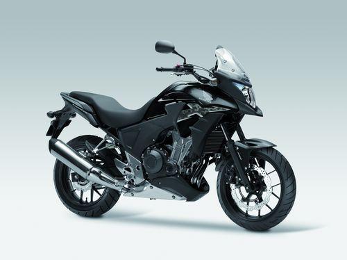 Honda prezinta noile CB500X, CRF250M si Forza 300