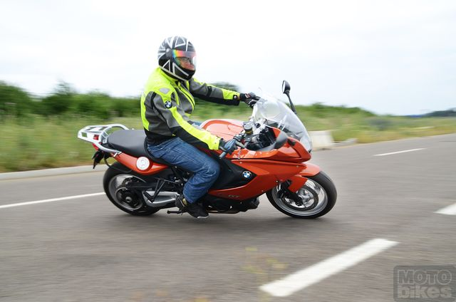 Test BMW F 800 GT: Touring in varianta light