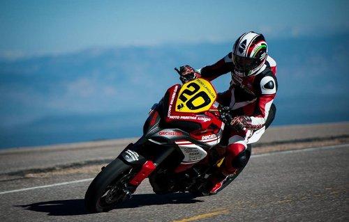Bruno Langlois castiga cursa de la Pikes Peak, in saua unui Ducati Multistrada