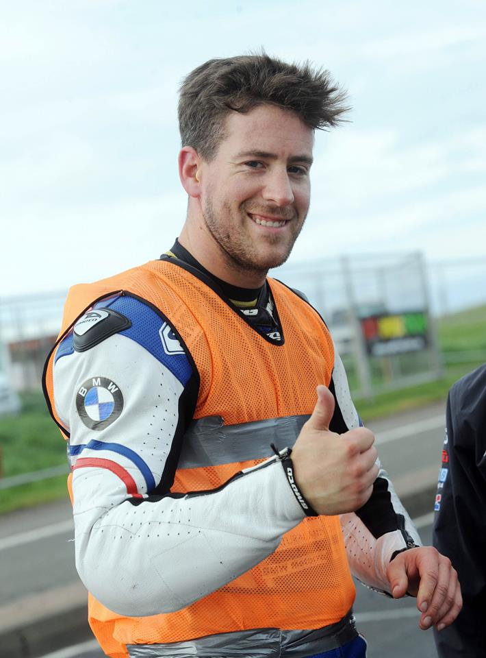Simon Andrews a murit in urma unui accident la North West 200