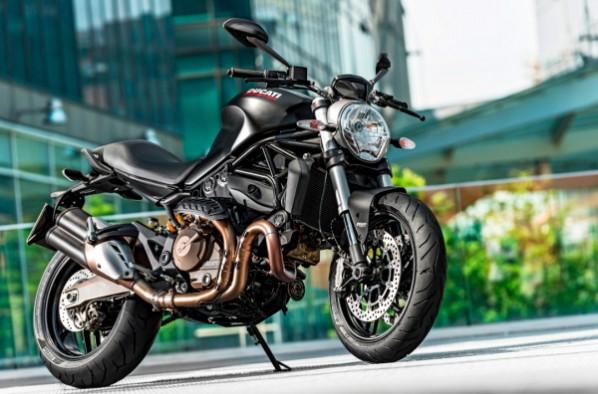 Ultima ora: Ducati prezinta noul Monster 821!