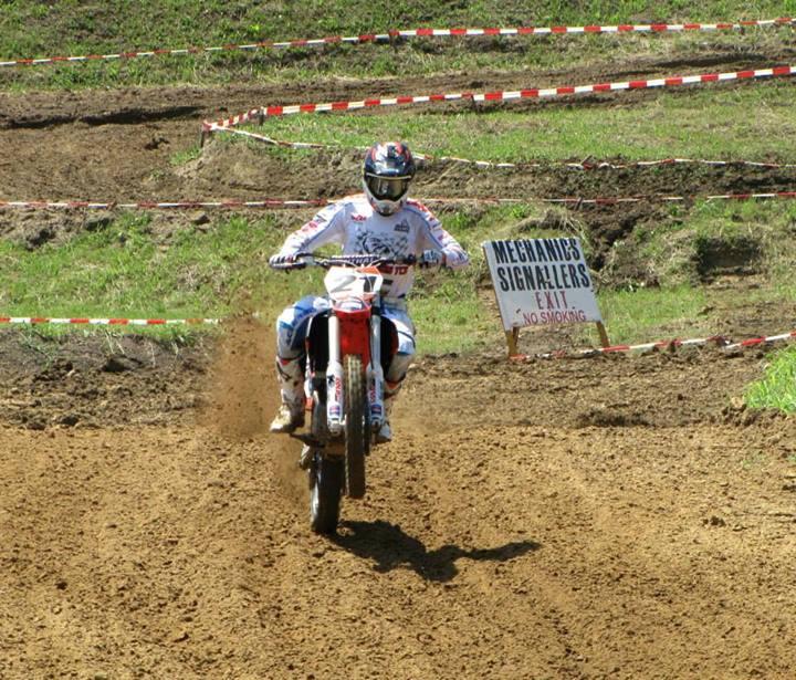 Campionatul Est-European de Motocros: sarbii i-au asteptat pe rideri cu un bolovan pe trasa ideala!