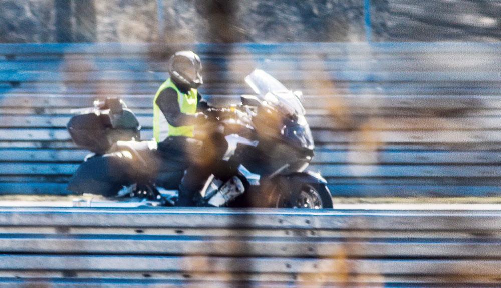 Au aparut poze spion cu BMW K 1600