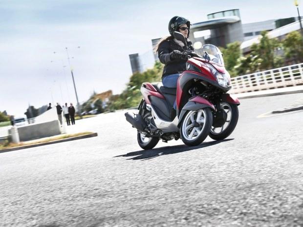 Scuter cu trei roti de la Yamaha: Tricity
