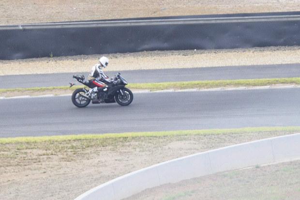 Noua poza spion cu Yamaha R1 2015