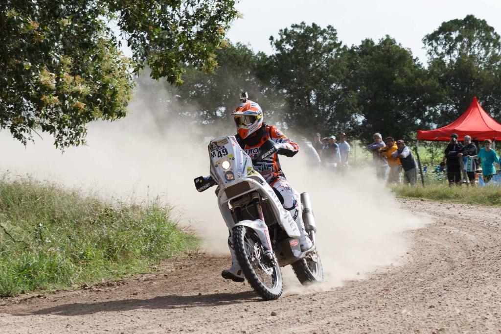 Raliul Dakar: Mani Gyenes ramane in cursa cu ajutorul fanilor argentinieni