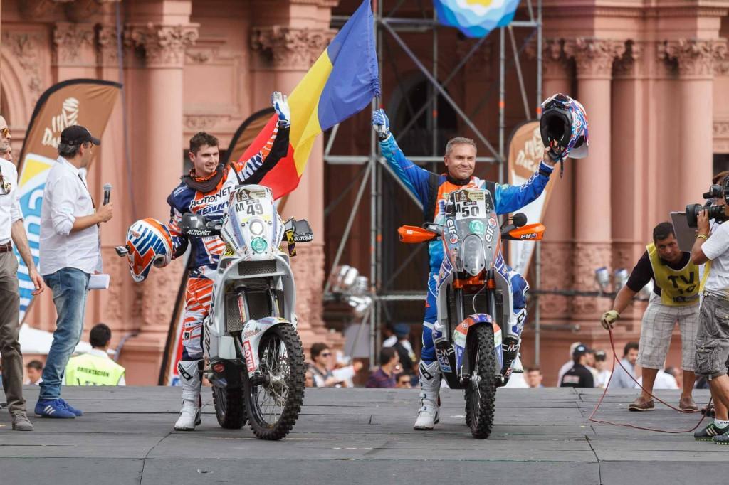 Mani Gyenes si Marcel Butuza start festiv Buenos Aires - Dakar