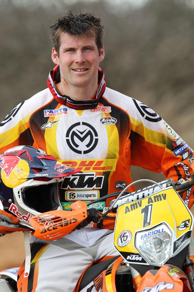 David Knight va participa la Raliul Dakar, dar pe patru roti