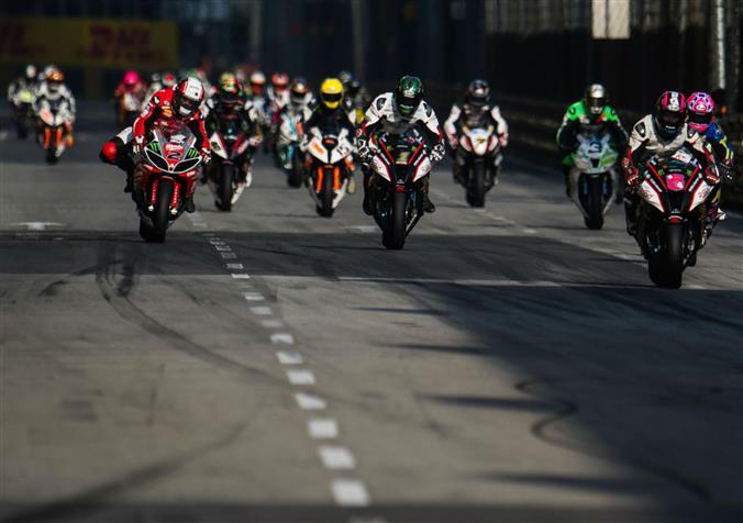 Se pregateste crearea unui campionat de curse stradale, Isle of Man TT World Series
