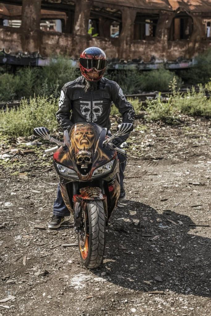 Custom Honda CBR600RR: In slujba raului