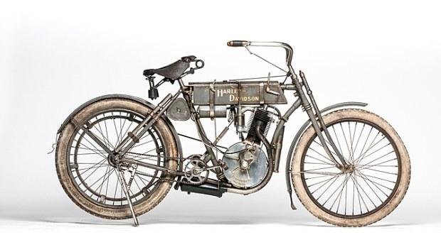 Harley-Davidson din 1907 se vinde cu un milion de dolari la licitatie