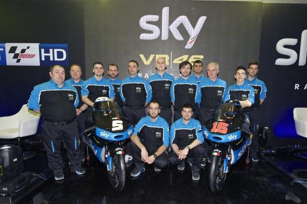Rossi lanseaza echipa sa, Sky Racing Team VR46. Are si un imn.
