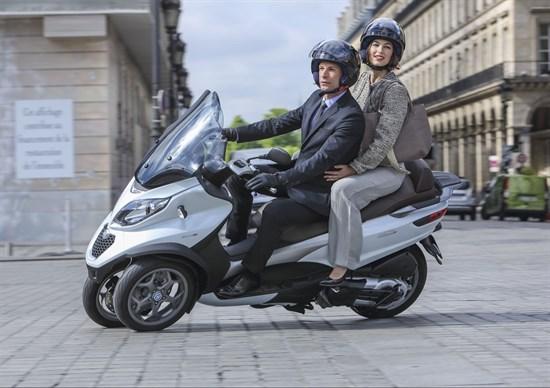 Piaggio acuza: Peugeot si Yamaha au copiat scuterul MP3!