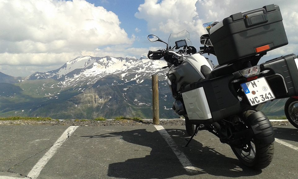 Aventuri în Alpi. Destinație: BMW Motorrad Days, Garmisch.