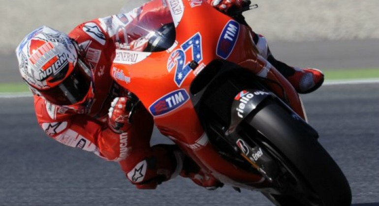 Casey Stoner revine la Ducati în calitate de pilot de teste. Ar putea alerga ca wildcard în 2016.