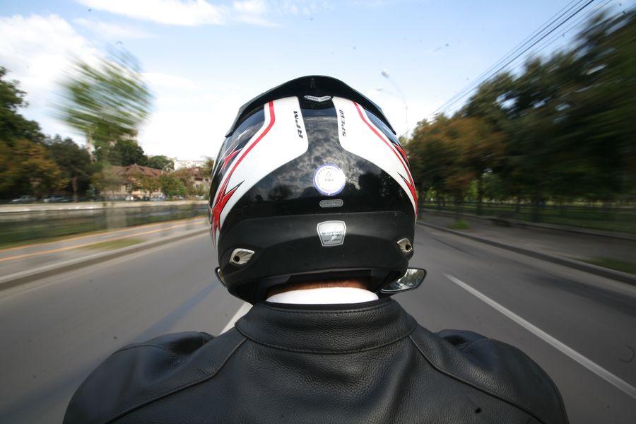 Util: 8 reguli care te vor face un motociclist mai bun