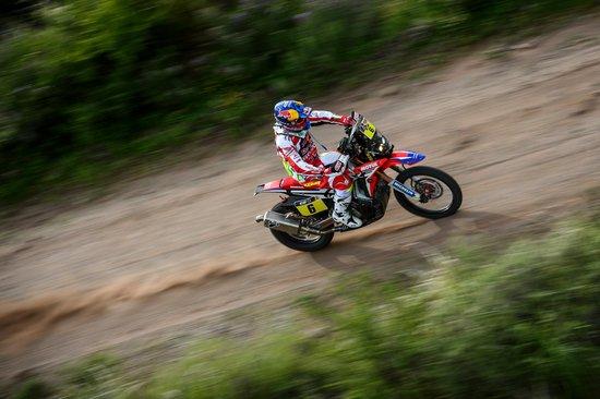 Joan Barreda câștigă a treia etapă a Raliului Dakar. Mani Gyenes termină cu al 16-lea timp!