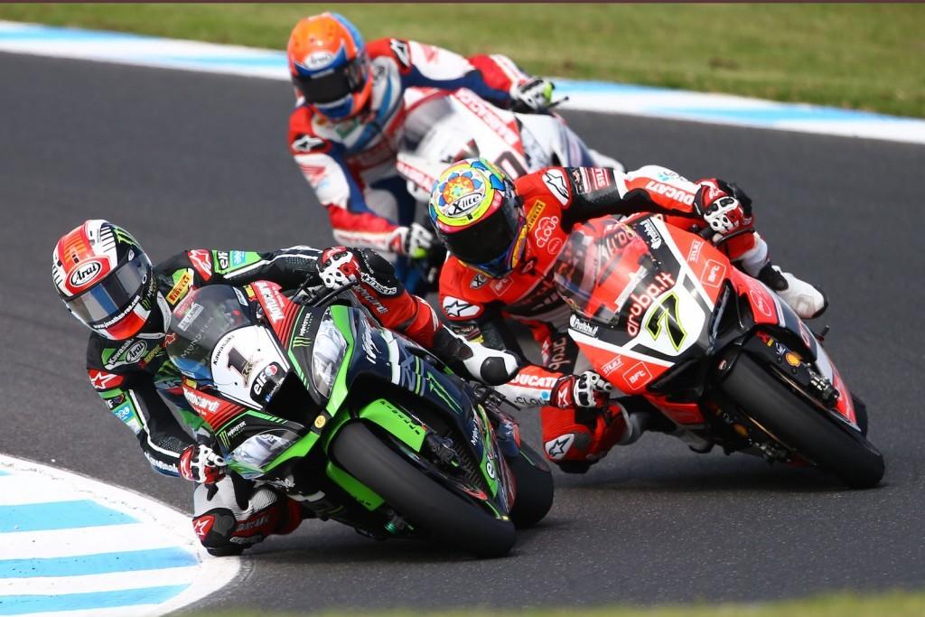 Triplă victorie pentru Kawasaki la Phillip Island - Rea la Superbike și Krummenacher la Supersport