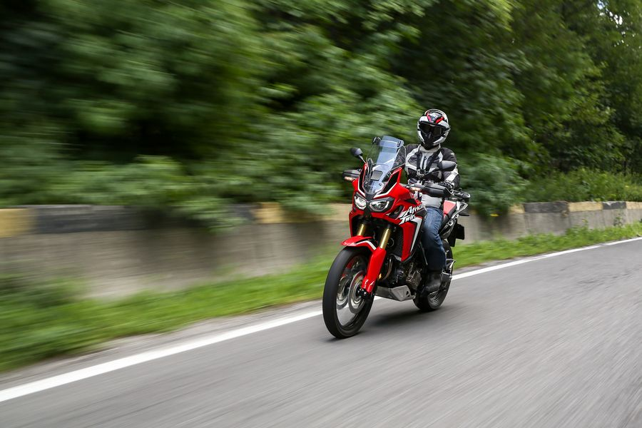 Test ride Honda Africa Twin DCT - Primele impresii [VIDEO]