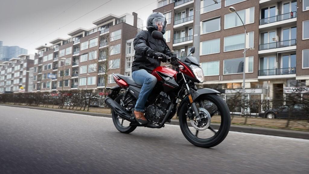 Yamaha lansează noua YS125, care o înlocuiește pe celebra YBR125