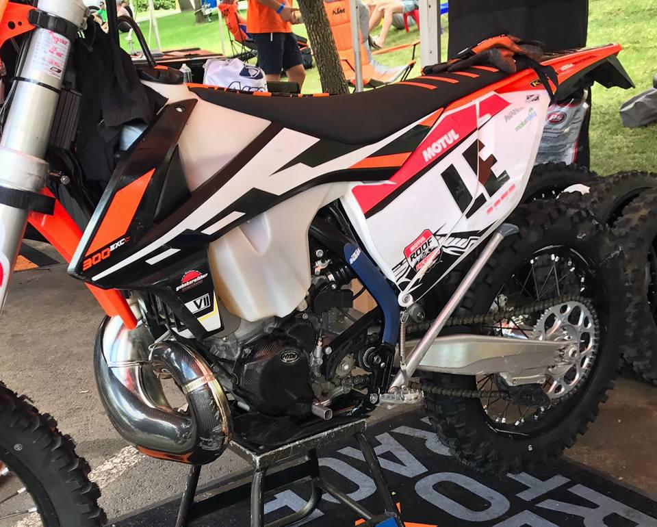 KTM confirmă: din 2018, motoarele de 250/300 în doi timpi vor avea injecție electronică
