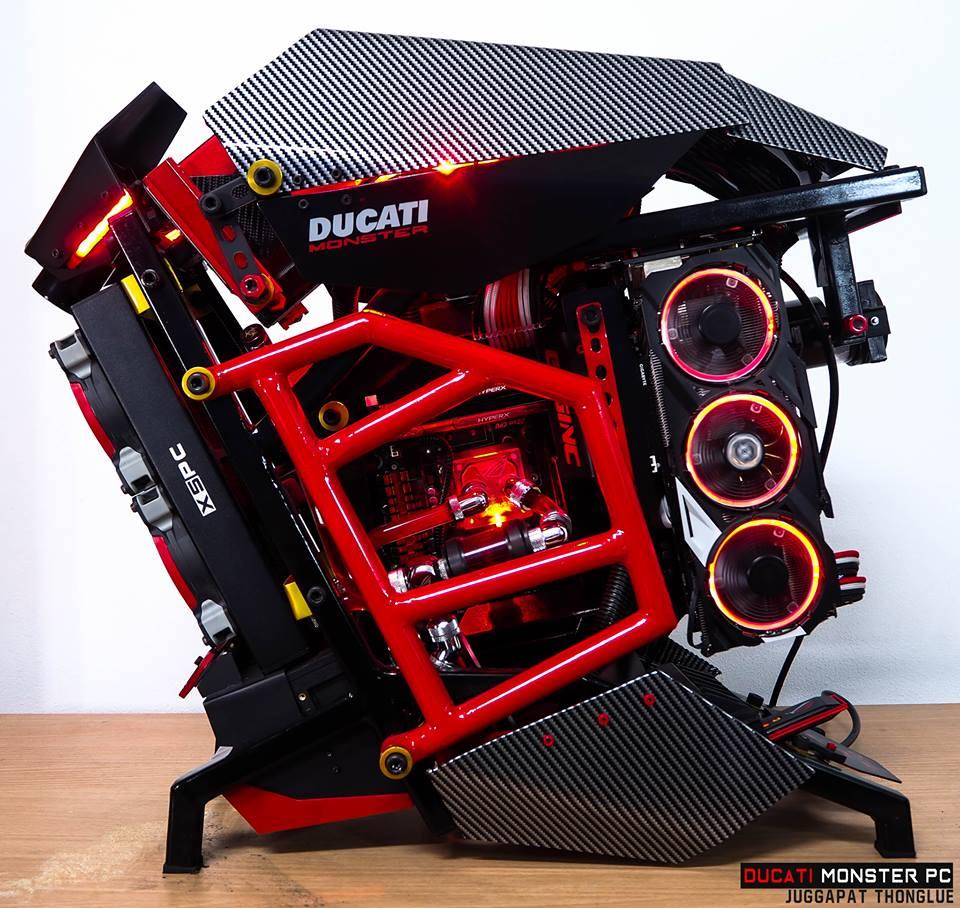 Un computer pentru Ducatisti...
