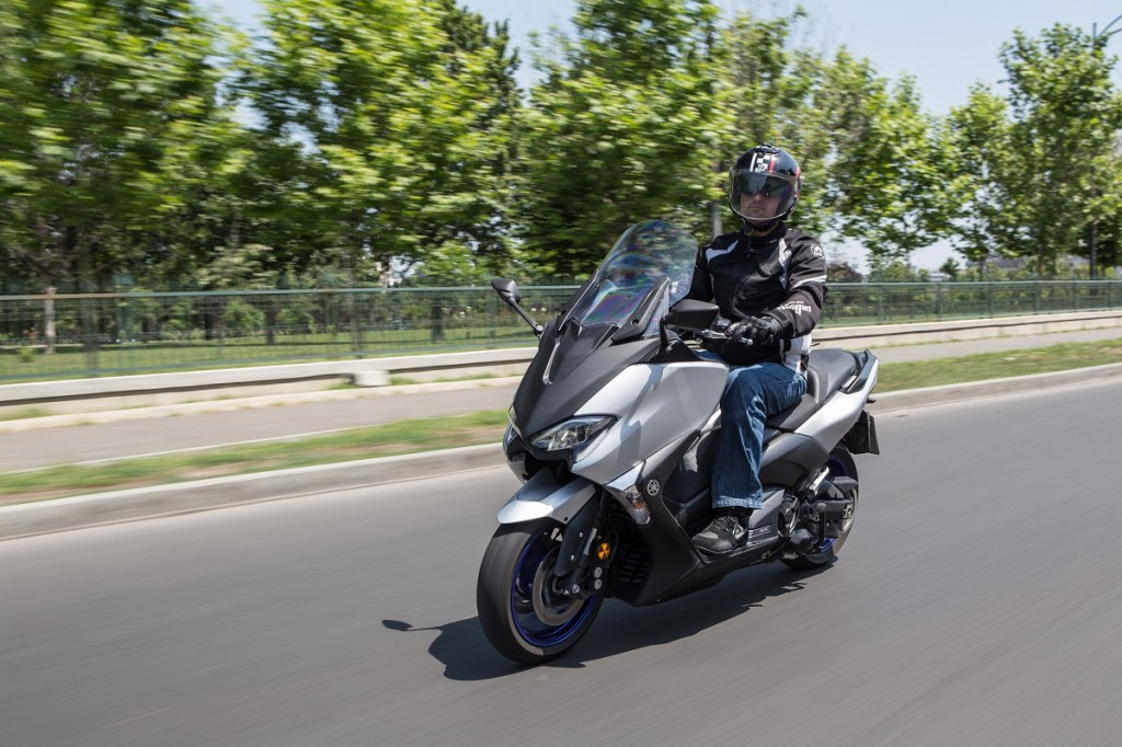 Test Yamaha TMAX SX - Scuterus Maximus