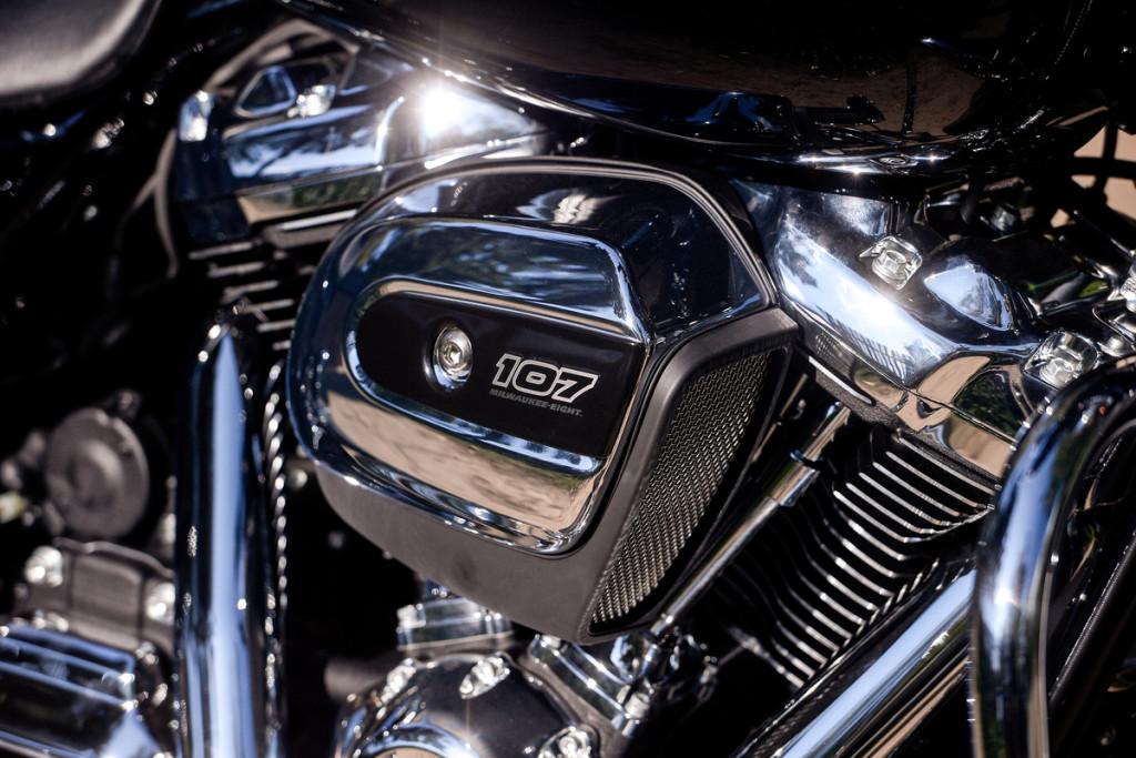 Harley-Davidson Street Glide Special (13)