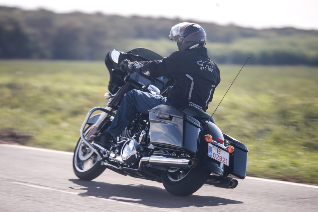 Harley-Davidson Street Glide Special (6)