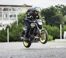Test Yamaha MT-03: Plăcutul și utilul