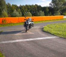 Ghost Rider: BMW Motorrad dezvoltă motocicleta care se conduce singură