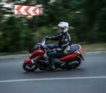 Test Yamaha NMAX 155: Tactici de gherilă urbană